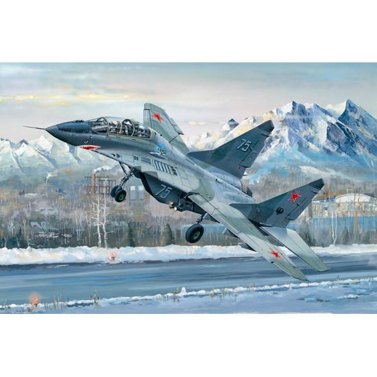 Trumpeter 03226 Сборная модель самолета Russian MIG-29UB Fulcrum (1:32)