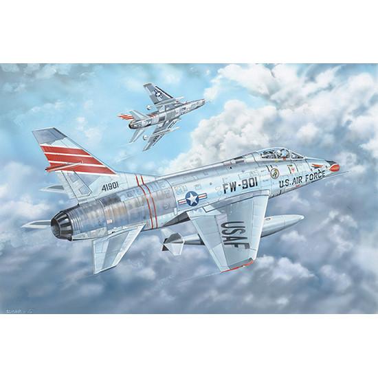 Trumpeter 03221 Сборная модель самолета F-100C Super Sabre (1:32)